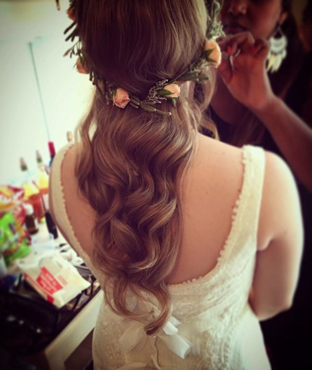 hår och smink bröllop stockholm