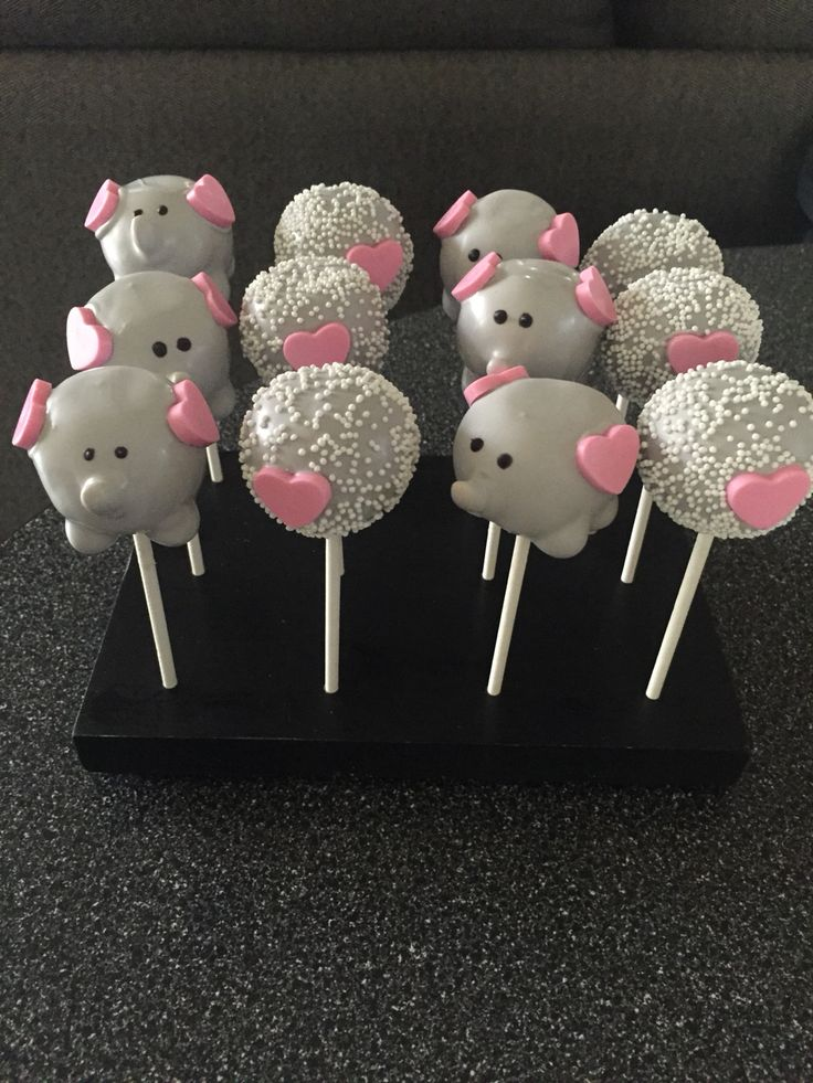 Elephant Cakepops                                                                                                                                                     More