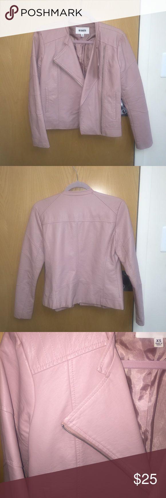 BB Dakota Jacket Worn once, wrinkled, shipped as is BB Dakota Jackets & Coats