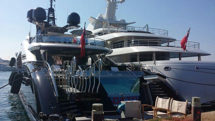 Yacht okto