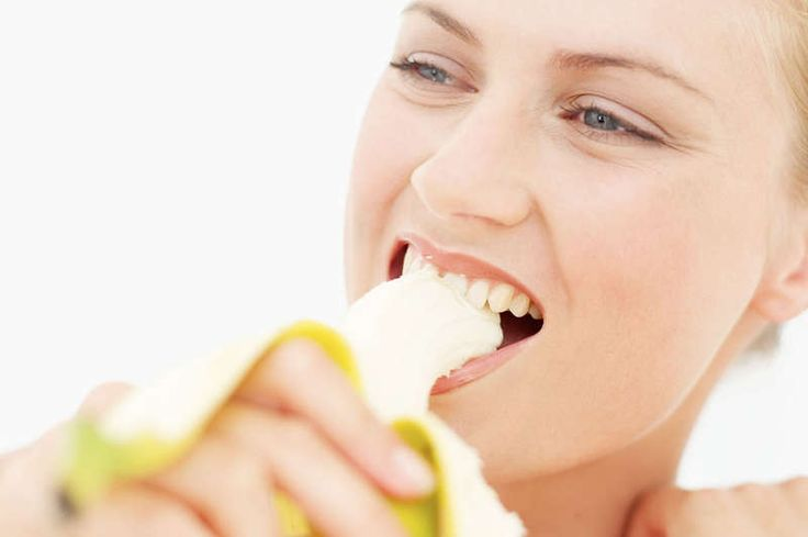 Laufen: Essen oder fasten? Egal warum du läufst – dein Körper braucht Kalorien und Nährstoffe, um sich schneller nach dem Laufen zu regenerieren! Für die schnelle Regeneration braucht der Körper Nährstoffe. Eine angenehme Begleiterscheinung beim Joggen ist, dass Läufer das Leben so richtig ...