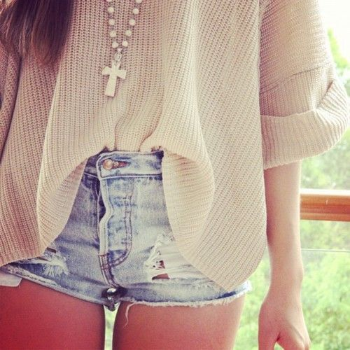 Cutoffs.Fashion, Style, Clothing, Over Sweaters, Big Sweater, Oversized Sweaters, Long Necklaces, Jeans Shorts, Denim Shorts