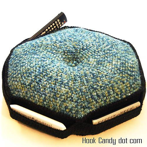 ... Crochet dog/cat beds on Pinterest Floor cushions, Dog beds and Free