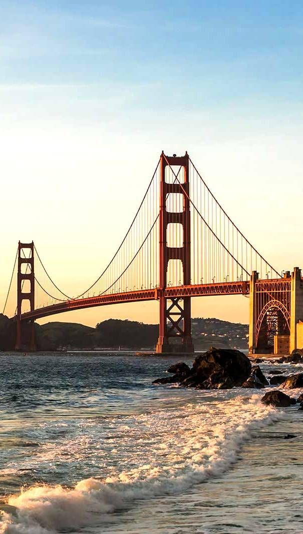 Explore landmarks in USA!
