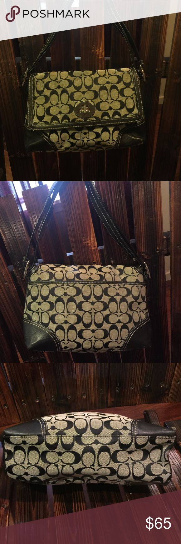 """COACH PURSE ! Black and grey . Very nice . 12""""x7"""" Coach Bags Shoulder Bags"""