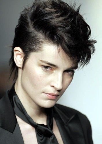 hair haircuts for faces 1000 ideas about androgynous makeup on 5303