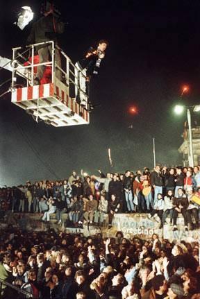Did Joseph Stalin Build The Berlin Wall
