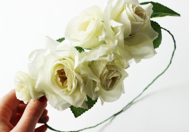 Plan B a n n a · e v e r s DIY flower crown using white roses