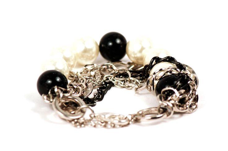 Supieran lo que a las mujeres les gusta las perlas... #Clásic http://latiendademaga.com/index.php/perlas?page=shop.product_details=flypage.tpl_id=44_id=8