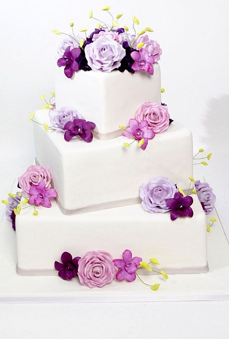 """Brides.com: 10 Wedding Cake Tips from Buddy """"Cake Boss"""" Valastro. How do I make sure my cake gets to my wedding in one piece?""""The average three-tier cake weighs 50 pounds,"""" Valastro says. """"Make sure your baker delivers, preferably in a refrigerated truck. You don't want him throwing your cake in the back of his Toyota!"""""""