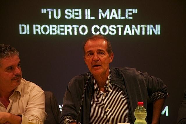 IL MALE DI ROBERTO COSTANTINI ~ Reader's Bench