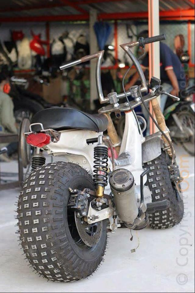 52 best moped and scooters images on pinterest mini bike. Black Bedroom Furniture Sets. Home Design Ideas