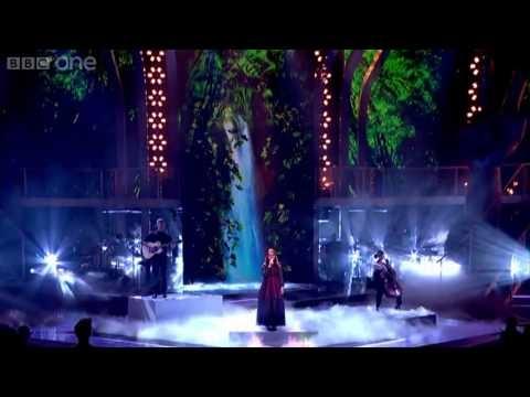 The Voice UK Andrea Begley  Ella es un buen ejemplo de lo que la voz y el talento pueden hacer. Magica performance. She is a good example of what the voice and talent can do. magical performance