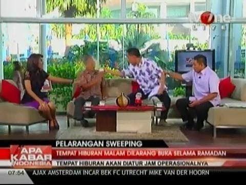 Jubir FPI Munarman Siram Sosiolog Thamrin Amagola Saat Diskusi di TV One...
