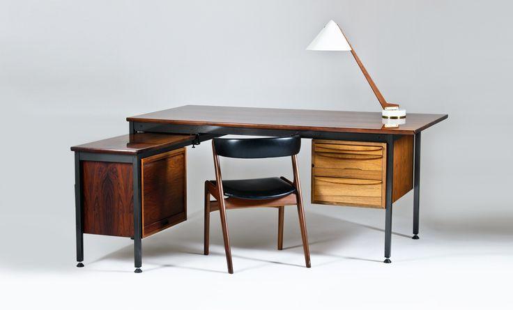 Large executive L-shaped desk by Haraldsøn, from Retropia. www.retropia.se