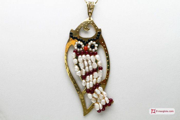 Leaf with Owl Pendant [Pearls, Coral, Aventurine, Agate] in Gold Plated Silver - Pendente Foglia Gufo grande [Perle, Corallo, Avventurina, Agata] in Argento placcato Oro #jewelery #luxury #trend #fashion #style #italianstyle #lifestyle #gold #store #collection #shop #shopping  #showroom #mode #chic #love #loveit #lovely #style #all_shots #beautiful #pretty #madeinitaly
