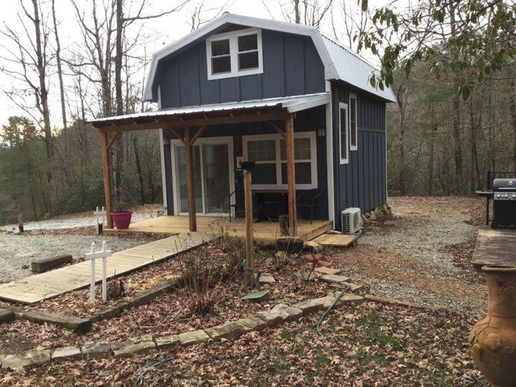 This tiny farmhouse is located outside Clayton at