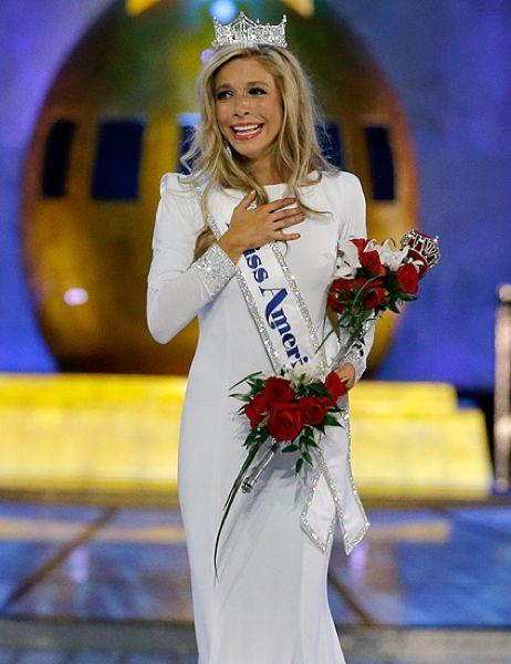Kira Kazantsev Miss America 2015 | Kira Kazantsev was born on July 20, 1991. She won the title of Miss America 2015 on September 14, 2014. She is the third consecutive Miss America winner from New York. Kira took home the Miss New York title on May 24, 2014.  Read more: http://thepageantplanet.com/profiles/kira-kazantsev/#ixzz3t2iyupSA