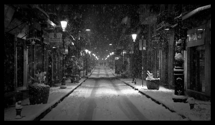 snowing in Ioannina http://www.anesisrooms.gr/en/accommodation