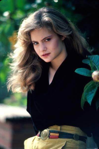 Jennifer Jason Leigh 80's