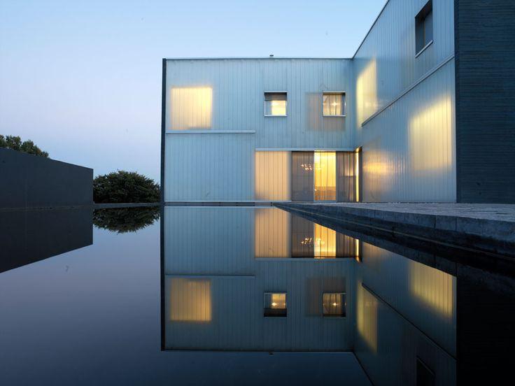 The New Residence at the Swiss Embassy_Steven Holl, Russli architekten