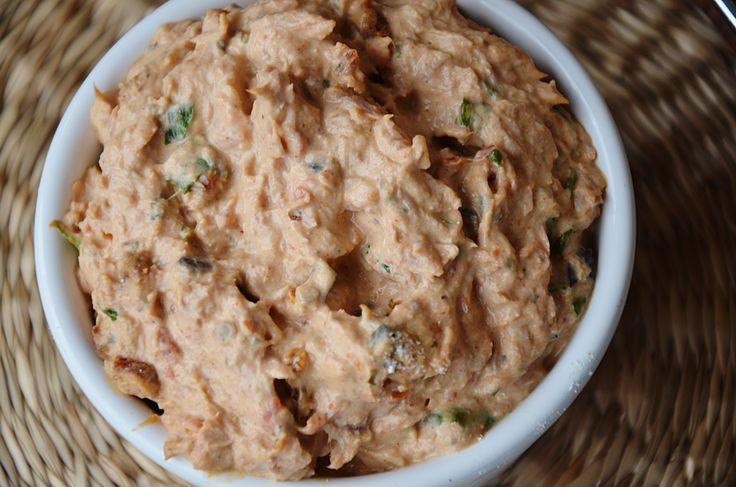 Pasta z tuńczyka i suszonych pomidorów