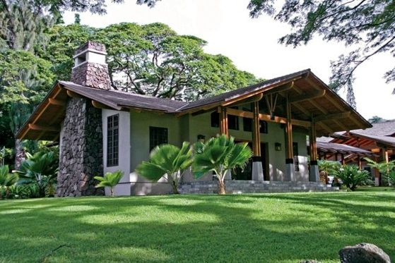 18 best hawaiian homes images on pinterest hawaiian Craftsman roofing