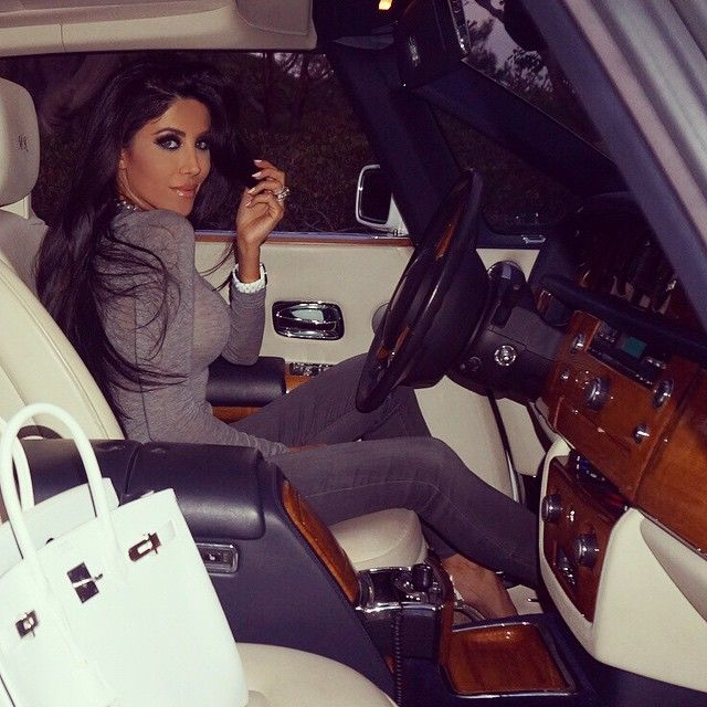 Leyla Milani-Khoshbin @leylamilani Instagram photos | Websta Heading out!