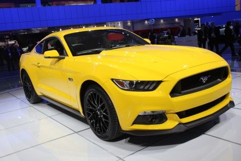 2015 Ford Mustang in not-so-mellow-yellow