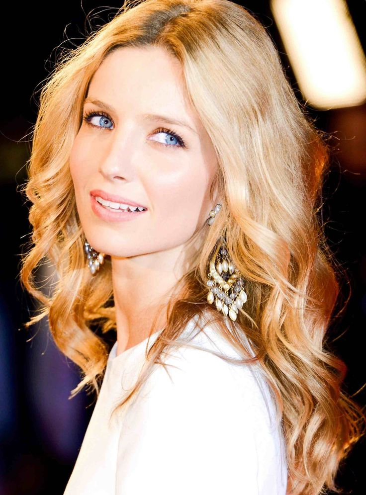 Annabelle Wallis nude (47 photos) Young, YouTube, cleavage