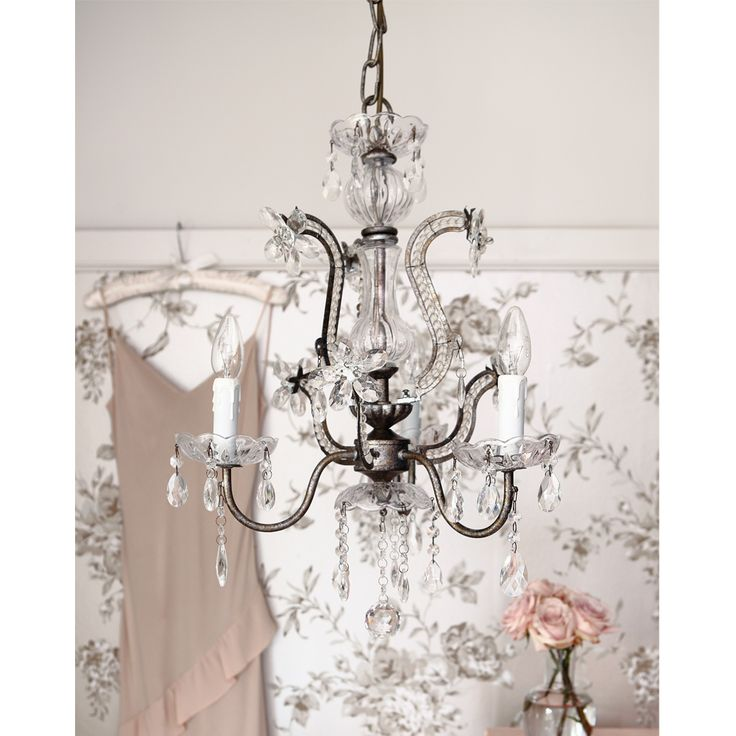 1000+ Ideas About Bedroom Chandeliers On Pinterest