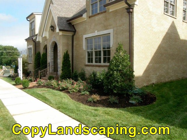 17 best images about front yard landscaping on pinterest for Townhouse landscaping ideas for front yard
