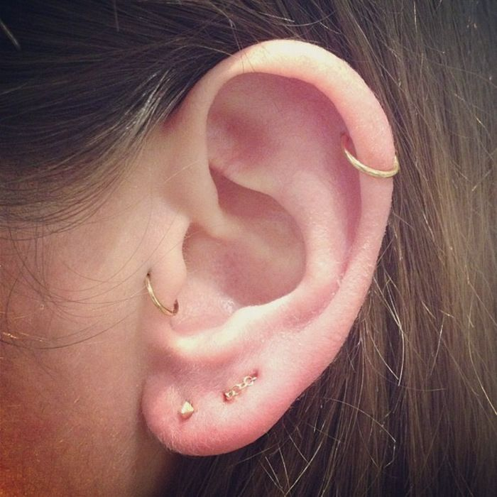 WANNA pierce your ears & are confused where to pierce & how to than you are at the right place .ITS a bit painful job but i gurantee you will love it after piercing it. PIERCING of ears gives a hippie look GODFATHER STYLE has collected some beautiful ideas to pierce yourRead more