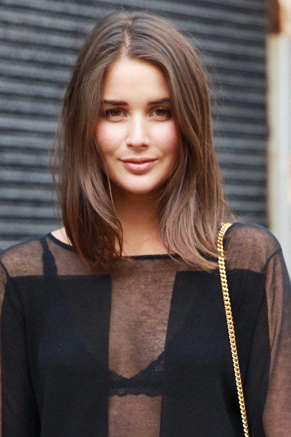 Die australische Bloggerin Sara Donaldson trägt ihre Haare mittellang und ganz lässig fallend - und qualifiziert sich mit dieser…