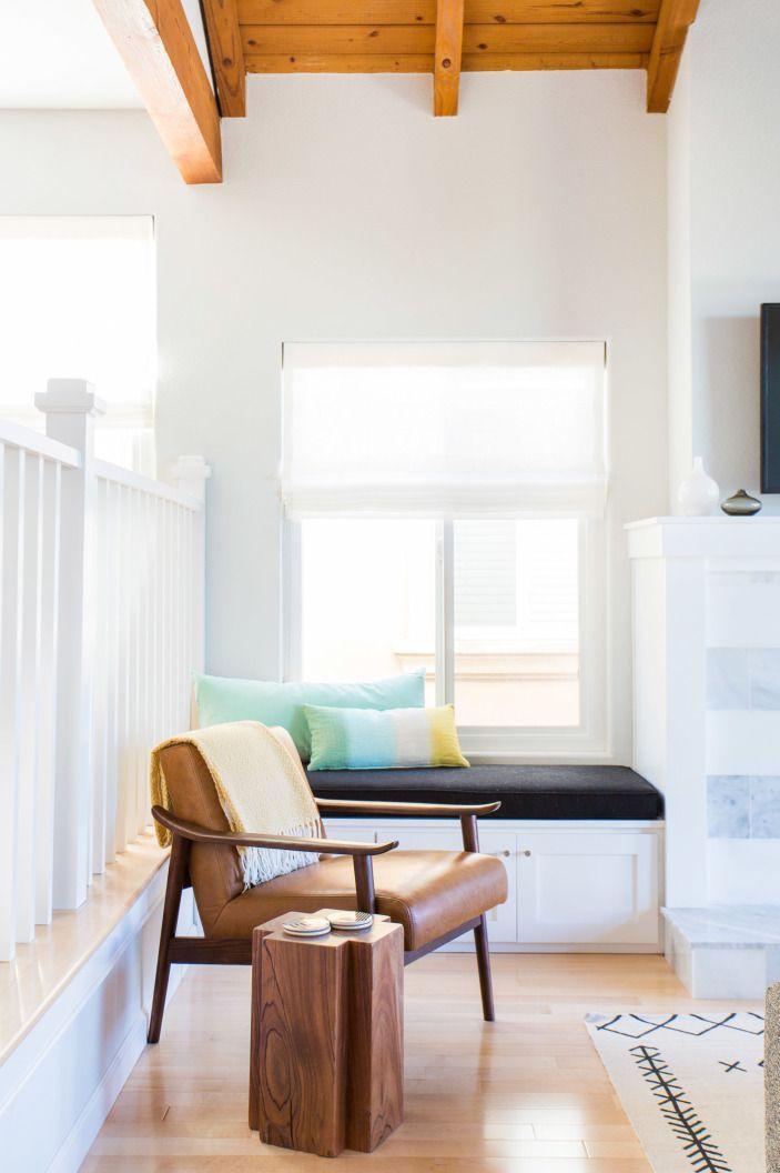 2145 best living dining room decor images on pinterest for Modern beach interiors