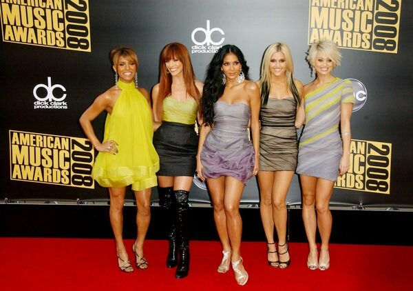 Pussycat dolls at the american music awards in 2008