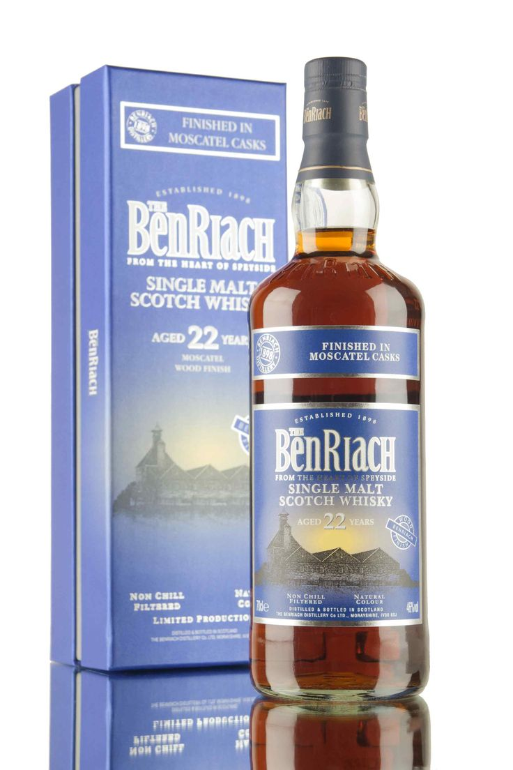 A limited release Benriach, aged for 22 years then finished in Moscatel wine casks. A rich and full bodied dram, non chill filtered, natural colour and bottled at 46%.