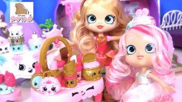 Видео для Детей #Кукла Tiara Sparkles НАРЯЖАЕТ НЕВЕСТУ! Шопкинс на Русском http://video-kid.com/21288-video-dlja-detei-kukla-tiara-sparkles-narjazhaet-nevestu-shopkins-na-russkom.html  Сегодня кукла Тиара Спарклз будет наряжать невесту! Скорее смотри видео «Видео для Детей #Кукла Tiara Sparkles НАРЯЖАЕТ НЕВЕСТУ! Шопкинс на Русском»! Давай играть! Потап и Лиза!Мультики с игрушками все серии подряд: .  Мультики из пластилина все серии подряд: . Подпишитесь на наш канал, чтобы не пропустить…