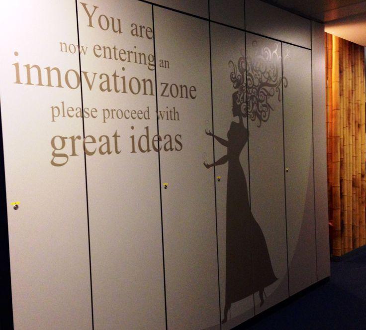 """#INNOVATE You are now entering an INNOVATION ZONE Please proceed with GREAT IDEAS - Uffici #ALTEASpA di Lainate (MI) """"Innovare significa aprirsi a nuovi modelli di comportamento e pensiero, condivisi in una reazione continua"""" – ha affermato durante uno dei nostri incontri Andrea RUSCICA @Andrea Ruscica – Presidente di ALTEA SpA . Da qui siamo partiti per sviluppare l'idea grafica perché il mestiere del consulente è fatto di """"pensiero"""" e di """"saper fare"""", e questo viaggio racconta di noi"""