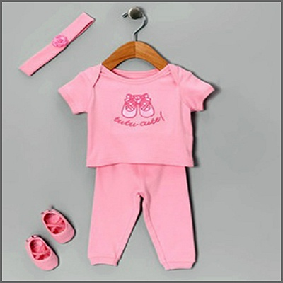 Mon Cheri Baby Girl 4 Piece Set. Oh so sweet for your precious new girl! This fabulous 4 piece boxed gift set by Mon Cheri Baby features a 'tutu cute' pink tee with matching pants, a gorgeous matching headband and pink ballerina slippers! Just perfect for your new little princess!