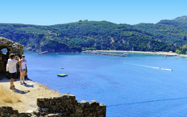 Apollo tilbyder varme rejser i sommerferien til smukke Parga i Grækenland. Se mere på http://www.apollorejser.dk/rejser/europa/graekenland/parga-ammoudia-og-sivota/parga