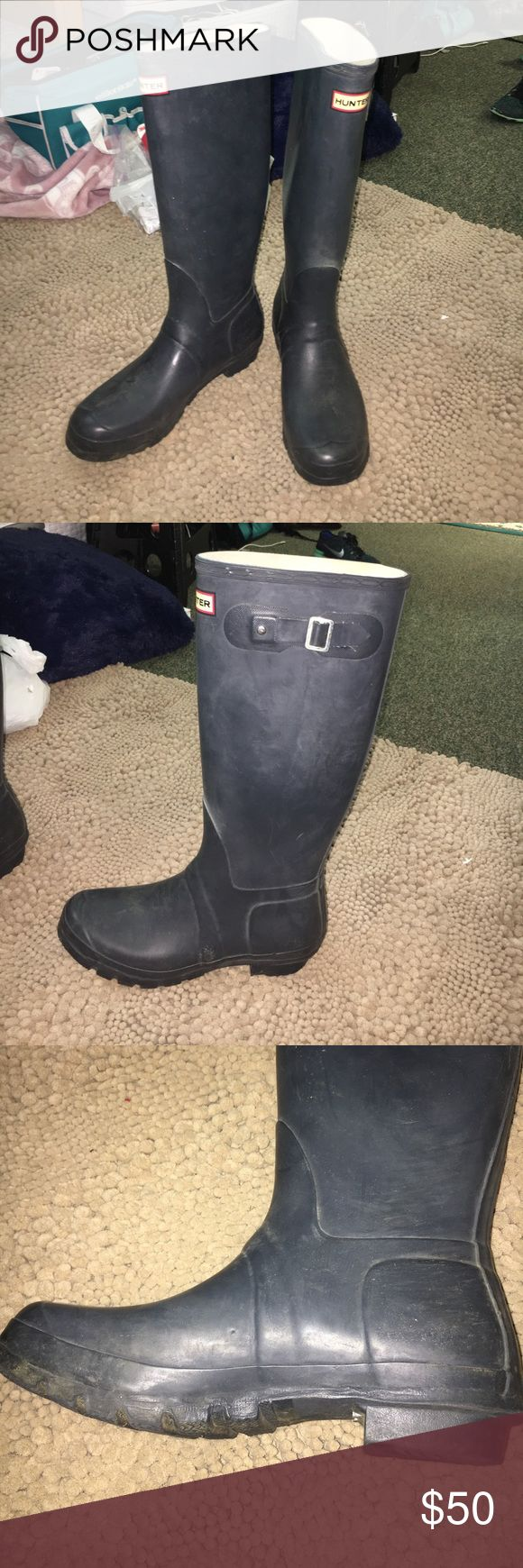 Navy Blue Tall Hunter Rain Boots Bought slightly used, no damage but worn slightly as shown in pictures. Still very cute and love wearing these! Hunter Boots Shoes Winter & Rain Boots