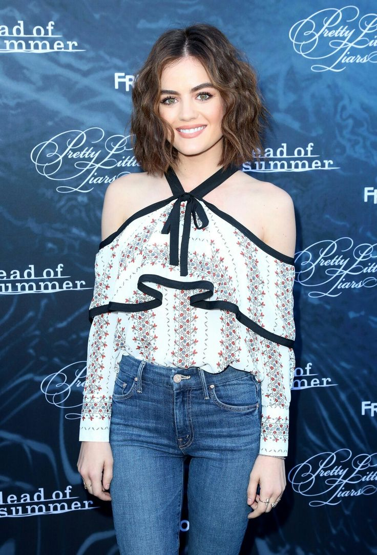 Lucy at the PLL and Dead Of Summer premiere event 2016