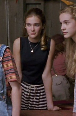 "Ranking The 30 Most Iconic Outfits In ""The Baby-Sitters Club"" Movie"