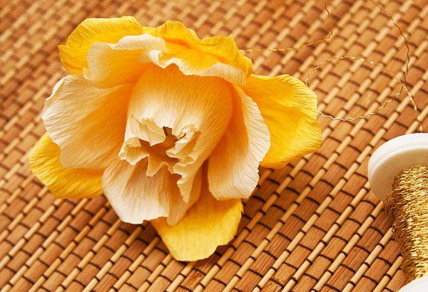 diy gift idea rose flower bouquet made ferrero rocher chocolates