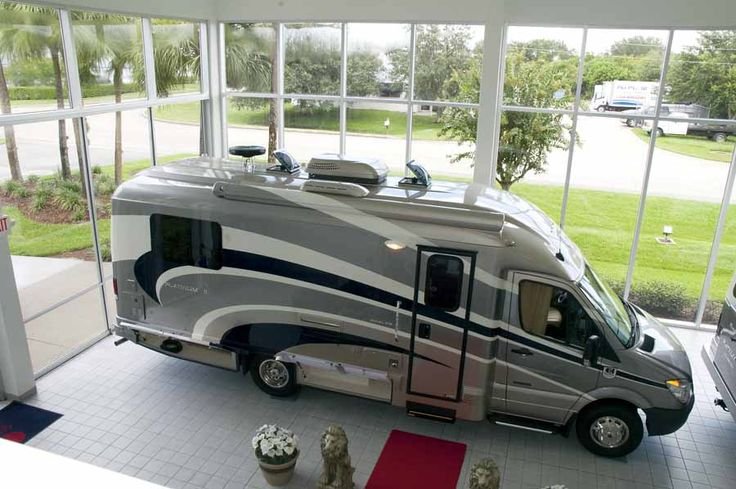 Luxury motorhomes fuel efficient downsized class c for Mercedes benz sprinter luxury motorhome rv