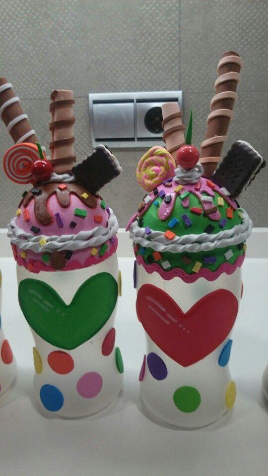 Botes reciclados para guardar chuches decorados con goma for Botes de cocina decorados con goma eva