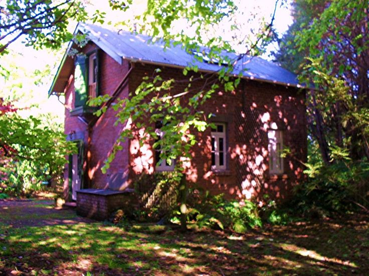 Once a stable and groom's quarters, now converted to  accommodation. Horowhenua, NZ