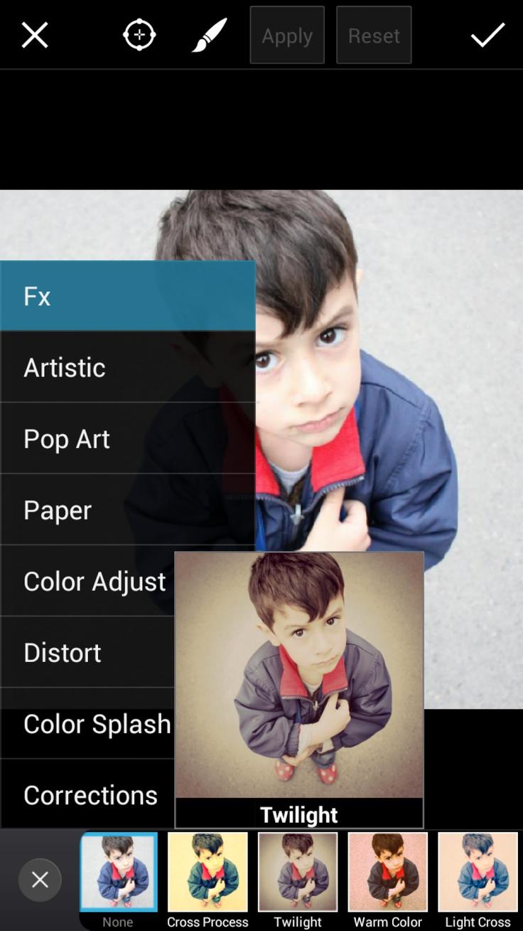 Una app para retocar fotografías y poder hacer collages: Picsart