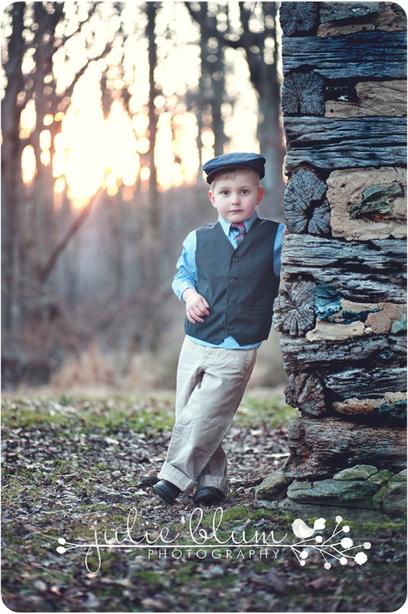 4 year old boy posing - so cute!    http://www.julieblumphotography.com/blog.html
